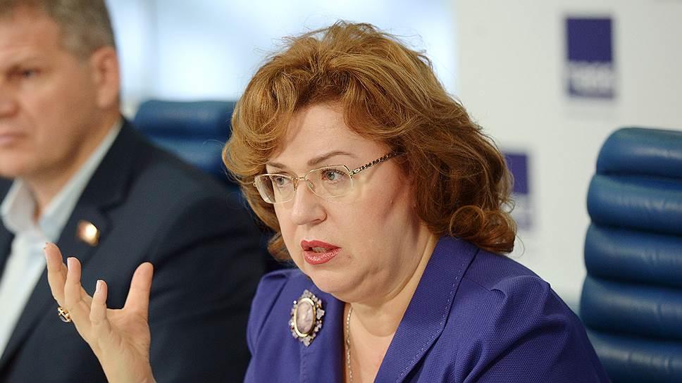Депутаты предлагают вдвое увеличить госзакупки по орфанным заболеваниям