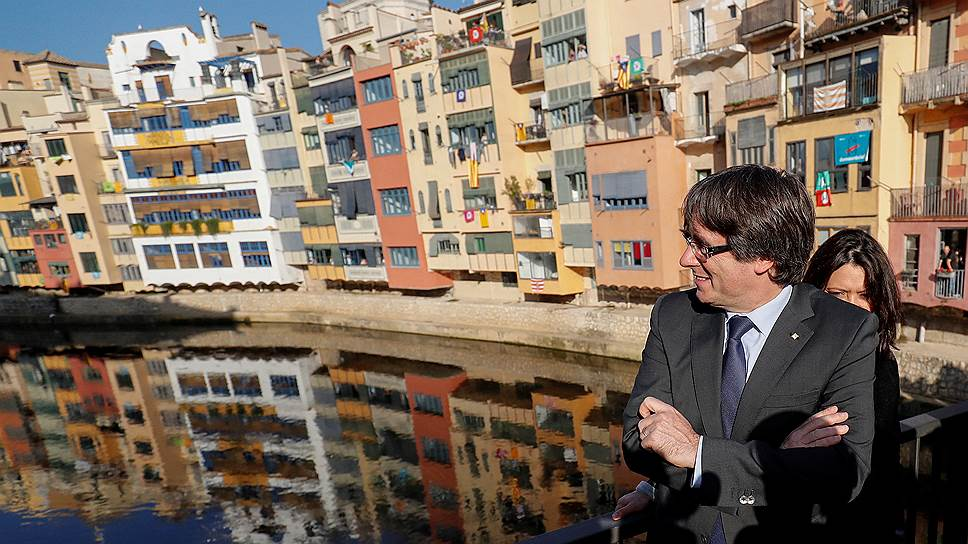 От Карлеса Пучдемона требуют возместить расходы на референдум