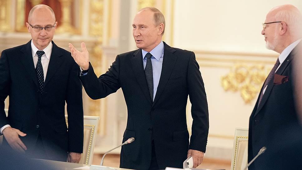 Владимир Путин готов признать наблюдателей социально ориентированными НКО