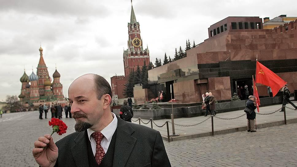 Почему Наталья Поклонская выступила за захоронение тела Владимира Ленина
