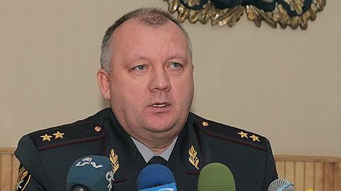 Осужденному за мошенничество подготовили взятки // Экс-начальник пермского ГУ ФСИН вновь стал подсудимым