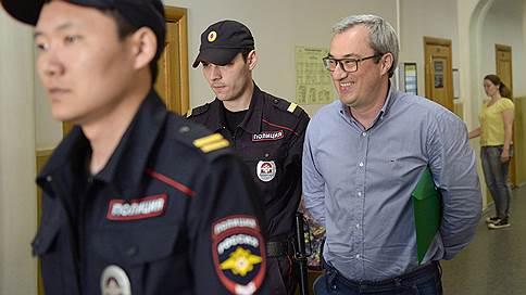 Дело Вячеслава Гайзера подготовили для Генпрокуратуры  / СКР предложил надзорному ведомству утвердить обвинительное заключение
