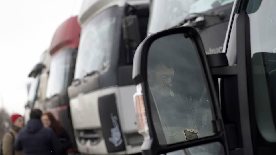 Какие новые проверки ждут водителей грузовиков