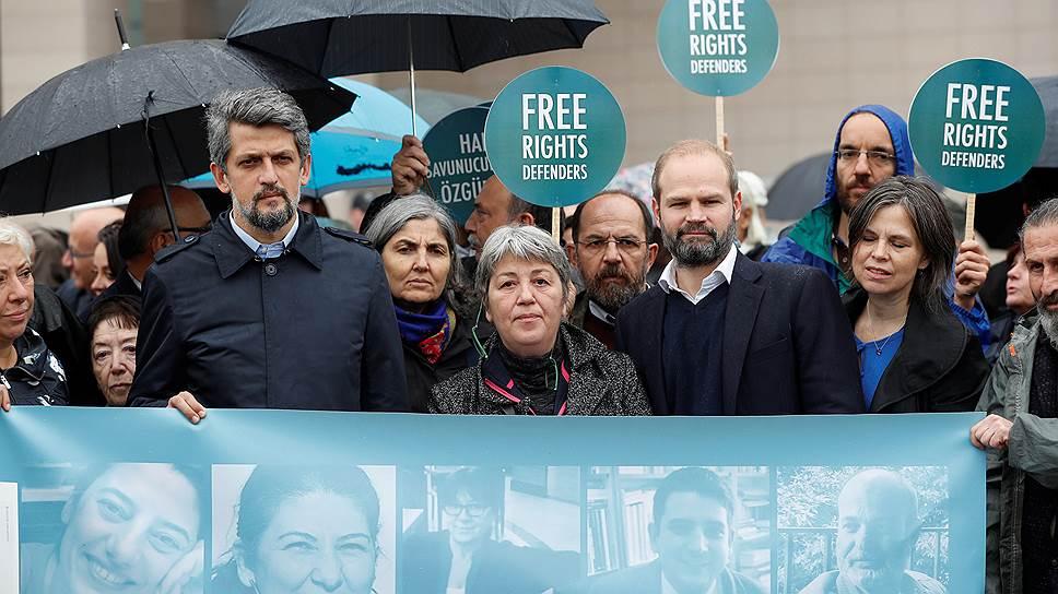 Как для Турции действуют двойные стандарты с правами человека