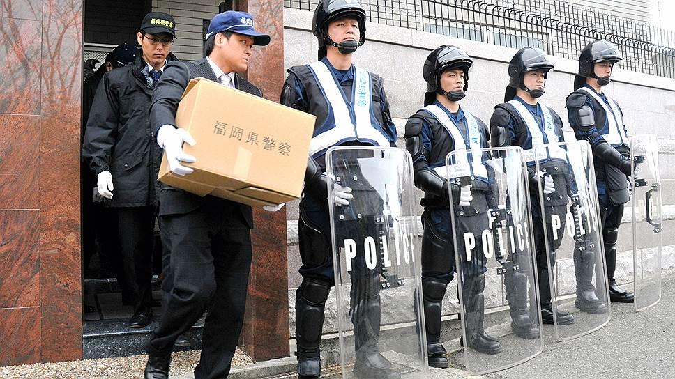 В расколе двух банд якудза активное участие принимала полиция, проводившая обыски и аресты