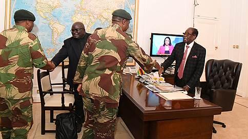Переворот в Зимбабве затянулся // Роберт Мугабе не хочет уходить