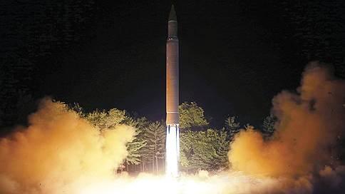 КНДР запустила новую баллистическую ракету // Ким Чен Ын объявил о завершении «построения ядерных сил»