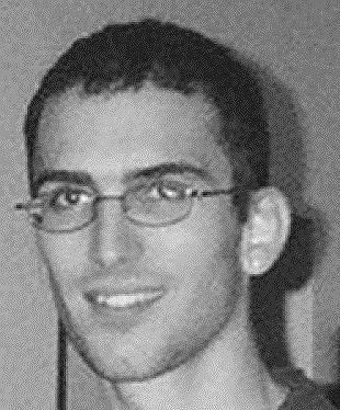 Американского хакера Джонатана Джозефа Джеймса в 1999 году приговорили к шестимесячному тюремному заключению за взлом Министерства обороны США и НАСА. В 2007 году его вновь заподозрили в хакерской атаке на крупную торговую сеть. В мае 2008 года Джеймс застрелился, не дождавшись суда