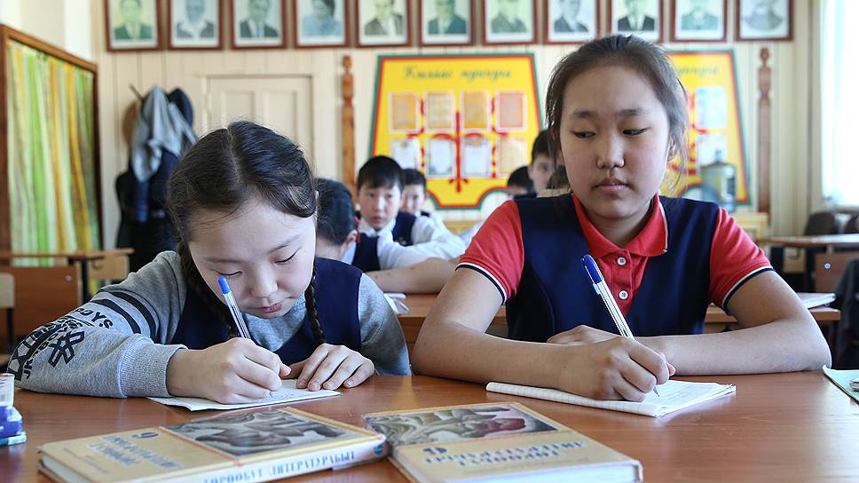 Во всех национальных республиках найдены нарушения прав на изучение родного языка