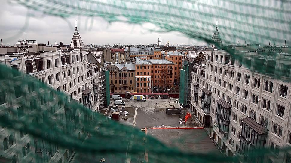 Почему в России покупают квартиры за наличные