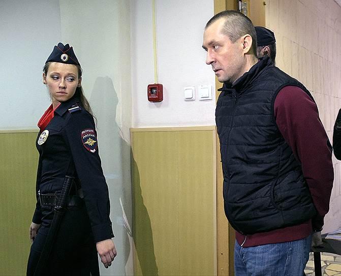 Бывший полковник ГУЭБиПК МВД Дмитрий Захарченко