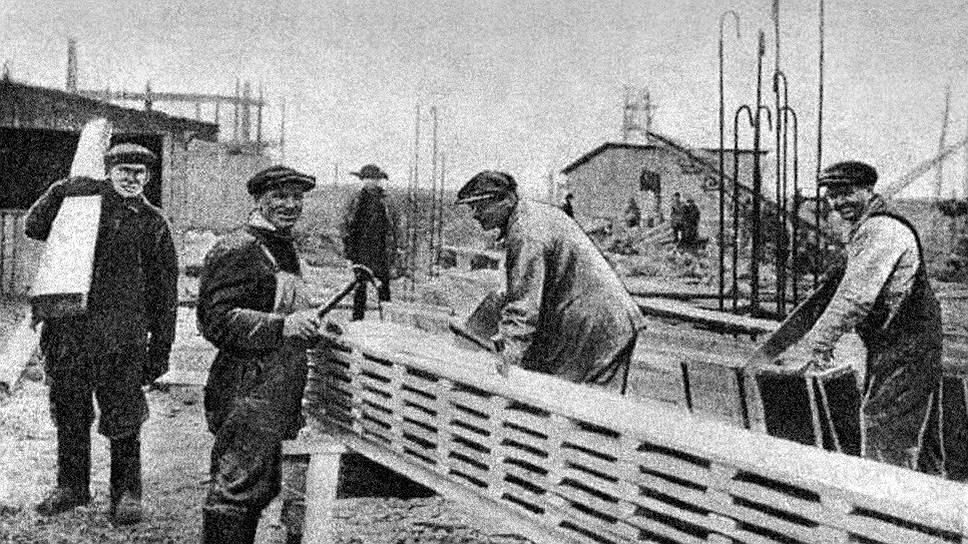 Иностранные бригады пытались внедрять на стройках и производствах те же методы, которыми они пользовались у себя на родине. Нередко это приводило к открытым конфликтам и саботажу со стороны русских рабочих