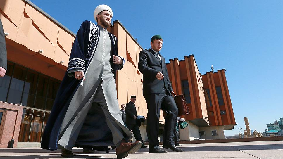 Как муфтии вступили в борьбу за татарский язык