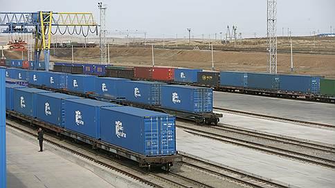 «Трансконтейнер» выгружают из ОТЛК // СП России, Белоруссии и Казахстана согласилось разделиться