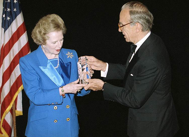 Бывший премьер-министр Великобритании Маргарет Тэтчер и Руперт Мердок (1991 год)