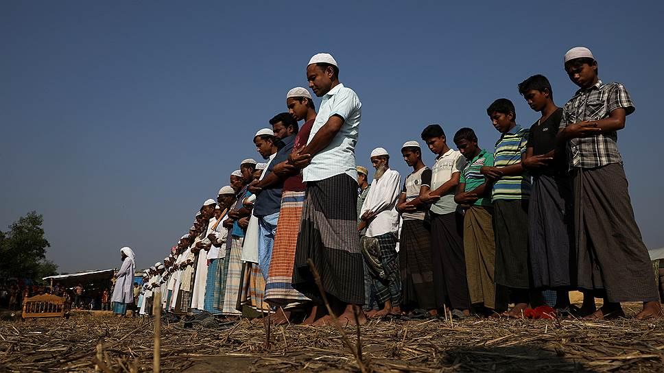 Почему беженцам рохинджа некуда возвращаться