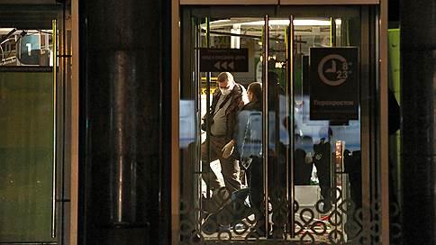 «Перекресток» подорвали из камеры хранения  / При взрыве в магазине в Санкт-Петербурге пострадали 13 человек
