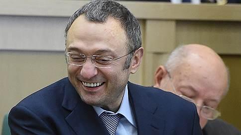 Французский суд учел семейные обстоятельства // Сулеймана Керимова отпустили в Россию на три дня
