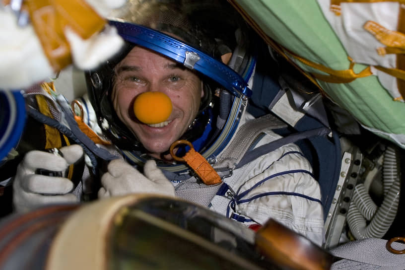 За 20 лет на станции побывали 240 человек из 19 стран. Среди них — 34 женщины и 8 космических туристов<br> На фото: космический турист и основатель Cirque du Soleil Ги Лалиберте