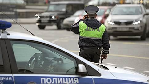 Осторожно, на дорогах — машины без документов // Автопроизводители, ГИБДД и страховщики готовятся к переходу на электронные ПТС
