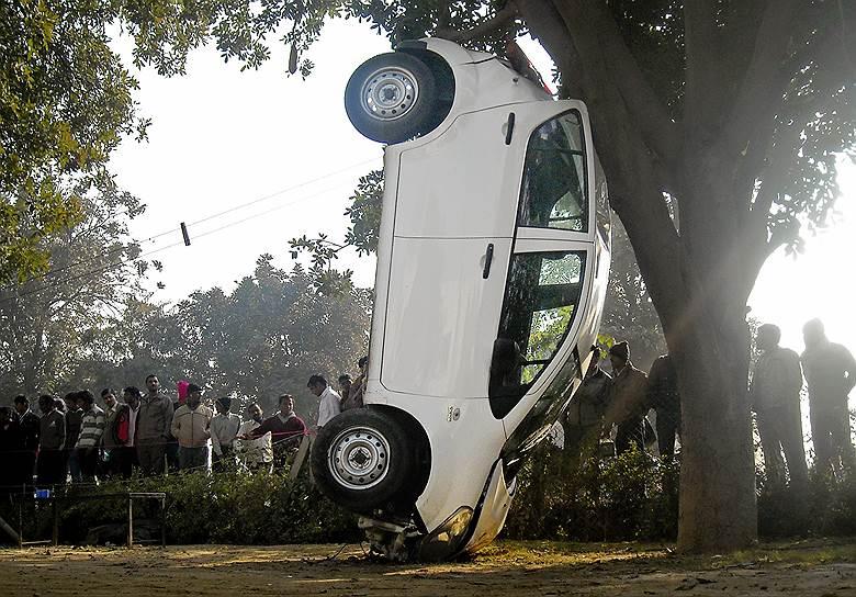 Правила дорожного движения в Индии приживаются с трудом