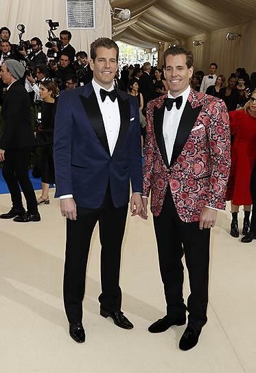 Кэмерон и Тайлер Уинклвосс, 36 лет. Соучредители  Winklevoss Capital. Состояние — $900 млн-1,1 млрд