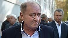 Ахтем Чийгоз и Ильми Умеров пытаются получить документы о своем помиловании