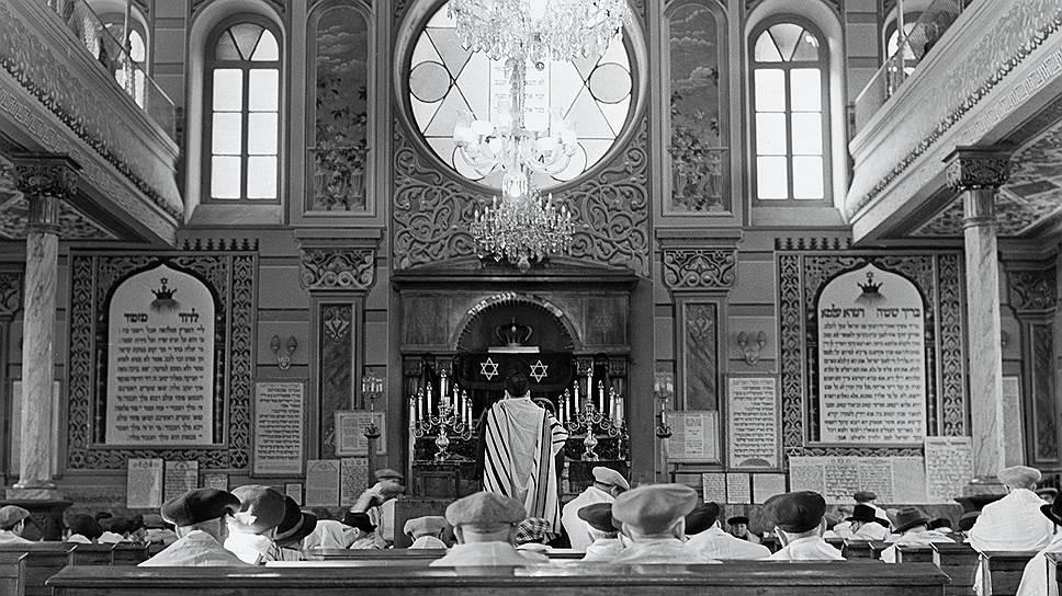 «В городе Тбилиси функционировали 4 синагоги; все они опечатаны и конфискованы»