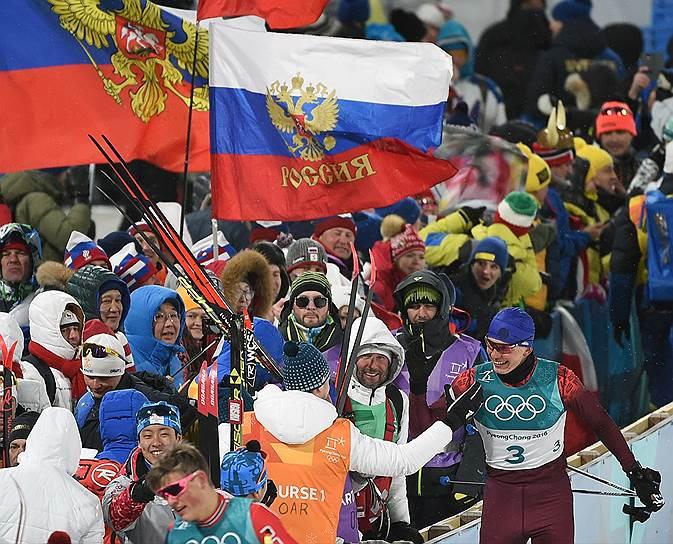 Российский лыжник Александр Большунов завоевал бронзовую медаль в спринте классическим стилем