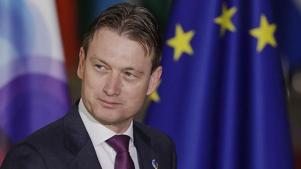 Глава МИД Нидерландов ушел в отставку после заявления о президенте РФ