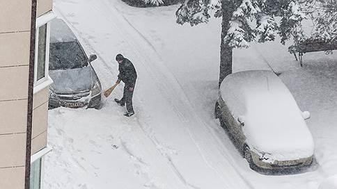 Водитель отменил парковочный штраф // В Свердловской области больше не будут наказывать за стоянку на газоне