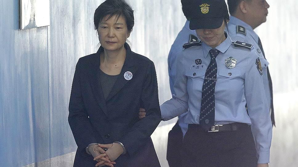 Осужденная Чхве Сун Силь