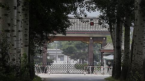 В элитной китайской тюрьме закончились камеры для чиновников // Антикоррупционная кампания в КНР продолжается пятый год