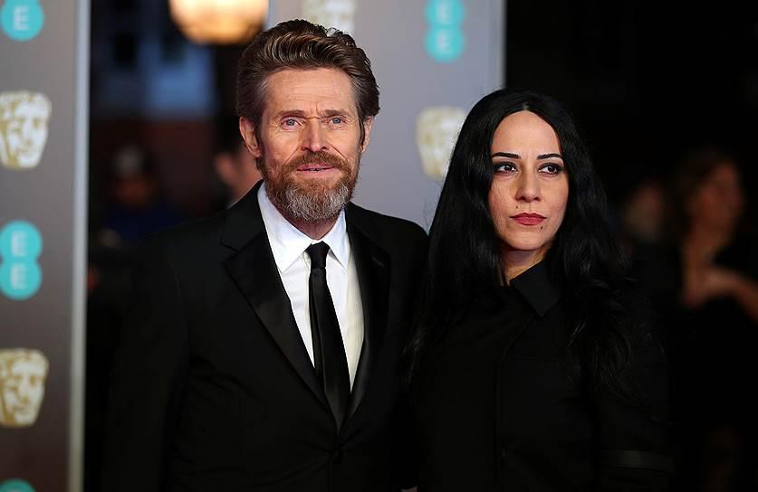 Американский актер Уиллем Дефо с женой Джадой Колагранде на церемонии вручения наград