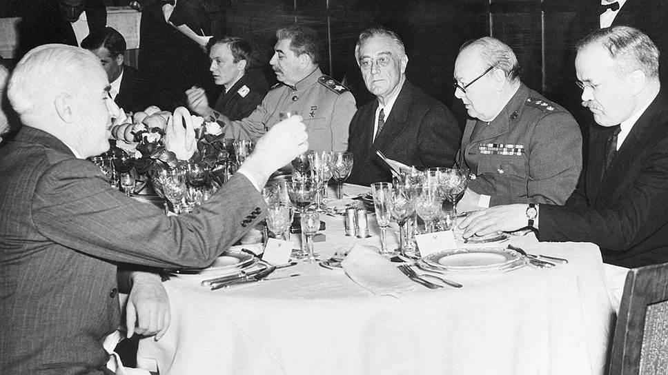 Русская водка приобрела международную известность во время Второй мировой — на встречах в верхах ее пили даже генералы