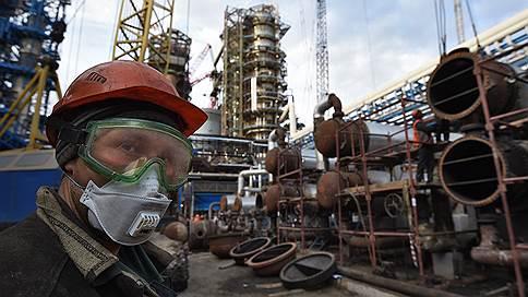Нефтепереработка пошла на очередной круг // Правительство обсудит просьбы «Роснефти» и «Сургутнефтегаза»