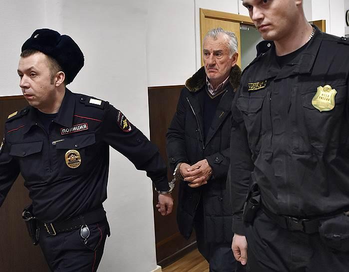Бывший член Совета федерации от Карачаево-Черкесии Вячеслав Дерев