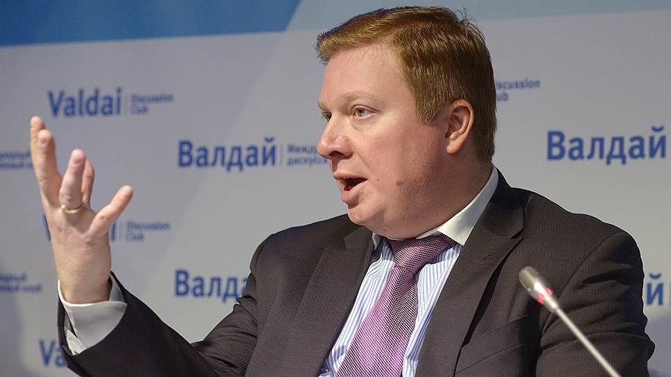 Политолог Дмитрий Суслов о том, почему приход Джона Болтона повышает вероятность проведения политики сдерживания России