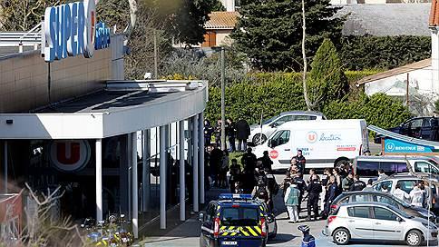 Полицейский обменял заложницу на собственную жизнь // Как на юге Франции произошел террористический акт
