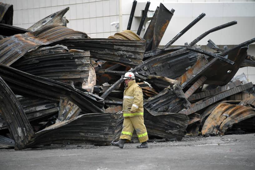 После пожара МЧС инциировало массовые проверки ТЦ по всей России на предмет соблюдения пожарной безопасности