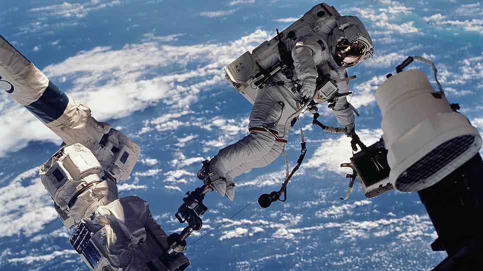 Сколько стоит освоение космоса для человека и человечества