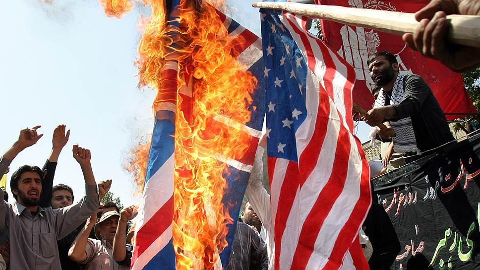 Сжигание британского и американского флага — банальная сцена для Тегерана