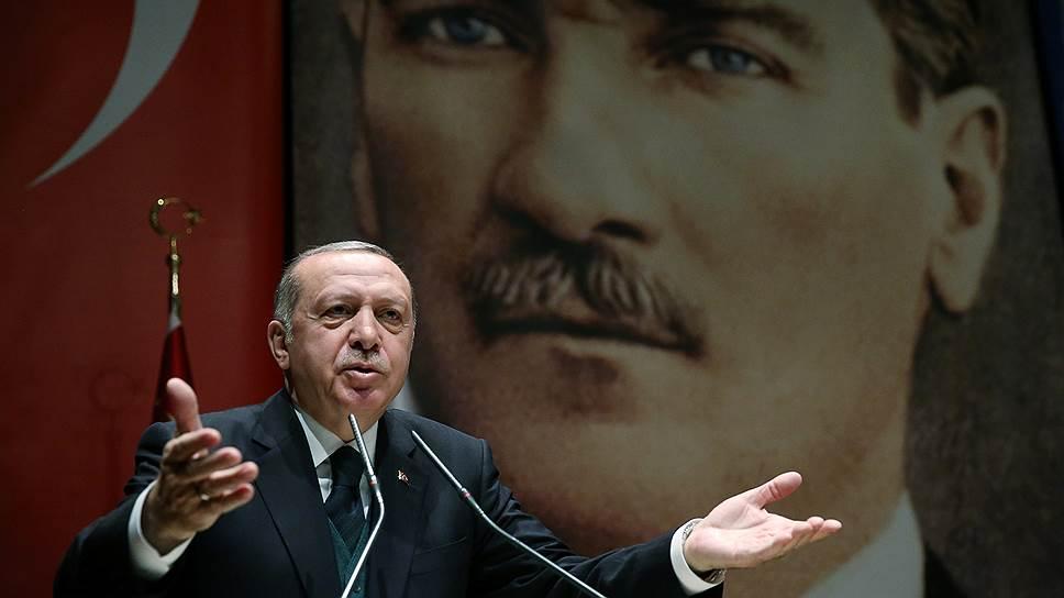 Почему выборы в Турции были перенесены с ноября 2019 года на 24 июня