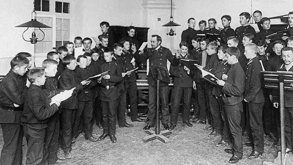 Для детей духовенства семинария была практически единственным способом получить среднее образование