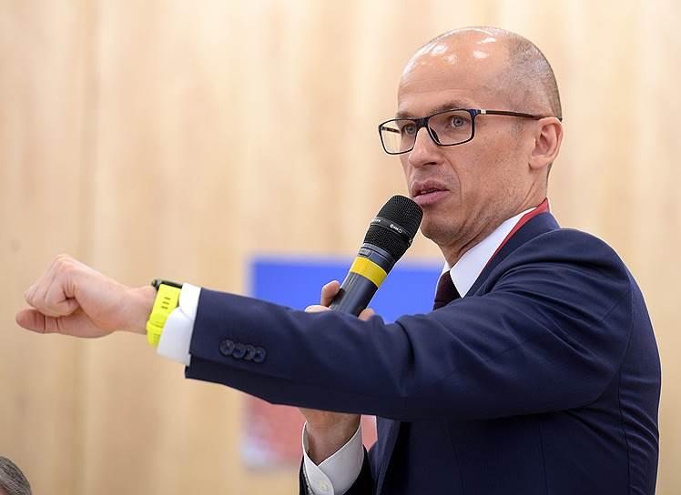 Врио главы Удмуртии Александр Бречалов во время работы форума