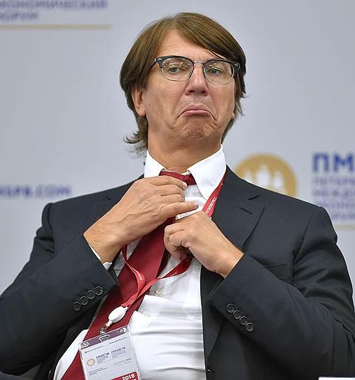 Генеральный директор ПАО «Соллерс» Вадим Швецов во время панельной сессии «Принимая ответственность за будущее: долгосрочная инвестиционная стратегия бизнеса»