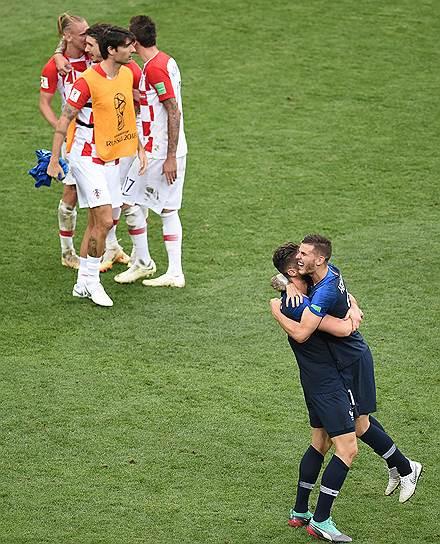Игроки французской сборной после окончания матча