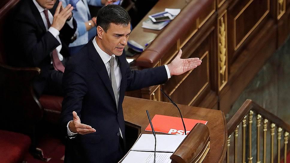 Лидер Испанской социалистической рабочей партии Педро Санчес