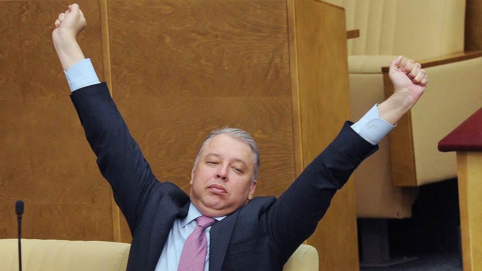 Как КПРФ выдвинула кандидатом в мэры Москвы экс-депутата Мосгордумы Вадима Кумина