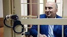 Безопасник дагестанского МВД хотел стать нефтяником